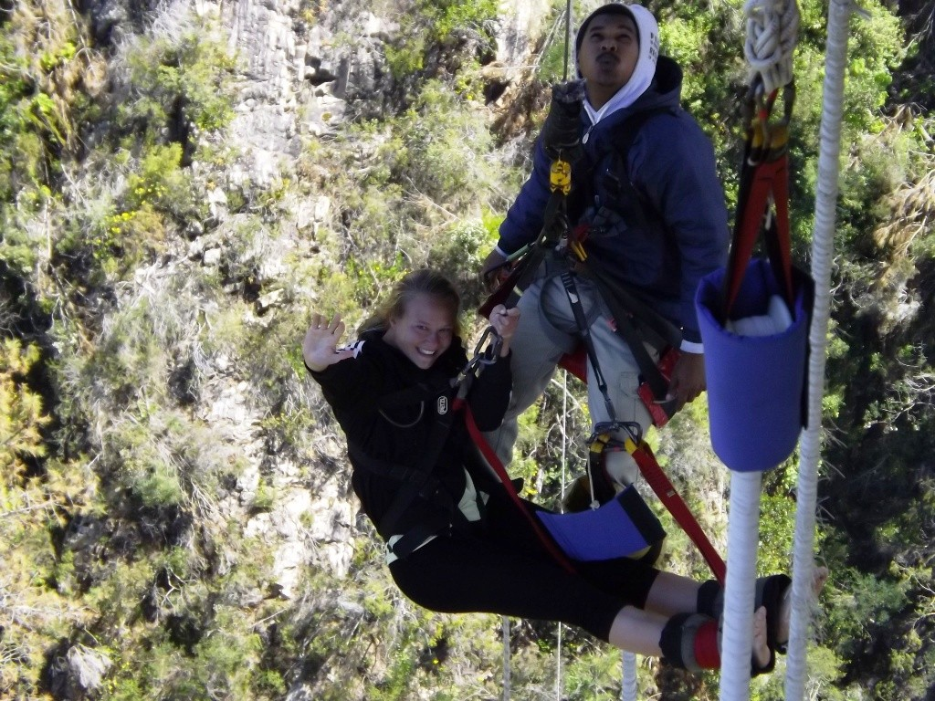 Bungee jumping (11)